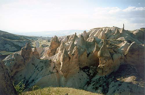 Večer ve skalách v údolí Aktepe