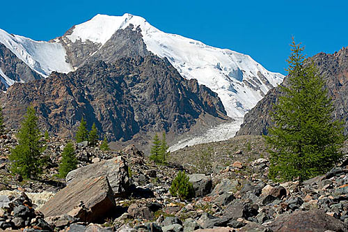 Altaj - Štíty hor s ledovci