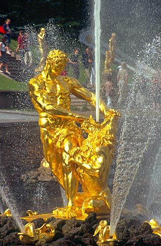 Samson vítězí nad lvem, Petrodvorec